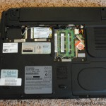 Toshiba Satellite U305 Ram Cover Removed - High Resolution